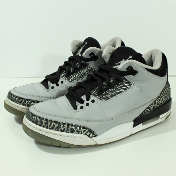 581a371e95089a Nike Air Jordan Retro Wolf Grey III 3 136064-004.  M 5b32a392c2e9fec777fe4ffc. Other Shoes ...